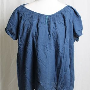 Women's blue Izod plus top short sleeve